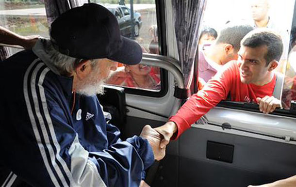 Fidel Castro greets people - Photo by PressTV