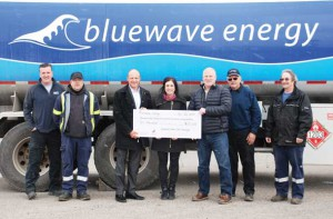 Bluewave Energy is Canada's largest independent fuel distributor and has a strong belief in supporting the local communities in which they serve. They are proud to support innovative cancer care in Northwestern Ontario through their commitment to the Exceptional Cancer Care Campaign. Pictured l-r are, from Bluewave Energy, Tyson Beals, John Turuba, Silvana Kostiuk, Trevor Mikus, Bernie Oleksuk, and Darcy Otway, with Dan Bissonnette (3rd from left), Thunder Bay Regional Health Sciences Foundation.