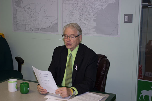 Bruce-Hyer-at-Green-Party-Headquarters-in-Thunder-Bay