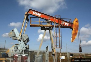 A pumpjack of Austrian oil and gas group OMV is pictured in Auersthal, some 25 km (15 miles) north of Vienna February 20, 2014. REUTERS/Heinz-Peter Bader