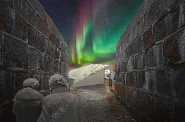 Northern Lights, Polar Bears, and Food... RAW:Churchill