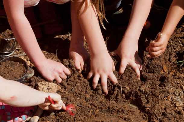 Gardening with Kids - Get dirty and have fun Credit: Copyright 2016 Susan Lutz