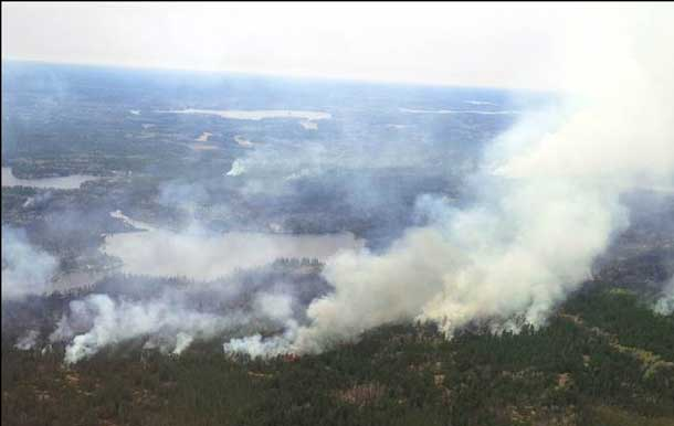 Kenora District Fire Number 018 exhibited extreme fire behaviour under windy and dry conditions May 07, growing to an estimated size of 1,000 hectares. Further growth is expected on the fire in coming days with little relief from the weathe