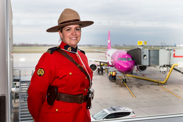 Wow Air Welcomed to Montreal