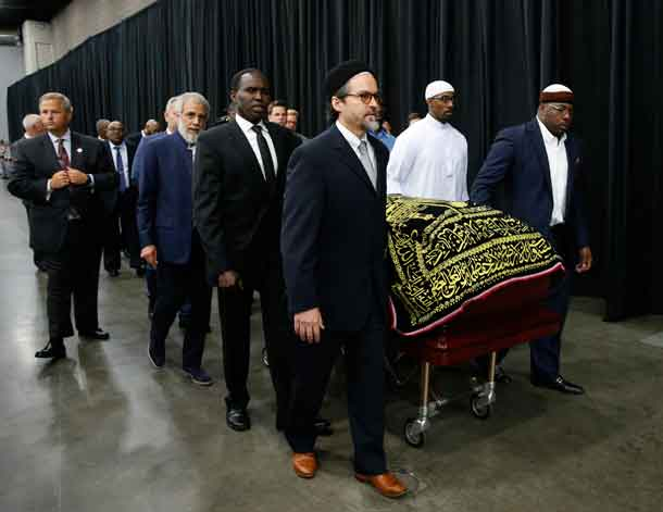 The coffin of late boxing champion Muhammad Ali arrives for a jenazah, an Islamic funeral prayer, in Louisville, Kentucky, U.S. June 9, 2016. REUTERS/Lucas Jackson
