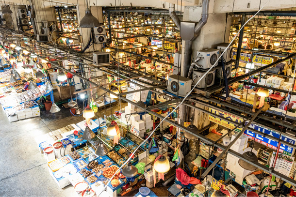 An overview of the old Noryangjin Fish Market from the second floor. Credit: Copyright 2016 Jo Turner