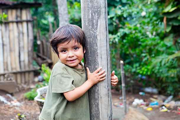 8-year-old Franklin from Guatemala is much smaller than he should be, malnutrition has stunted his growth. (CNW Group/World Vision Canada)