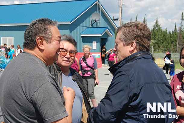 Mayor Tory arrives in Kitchenuhmayooosib Inninuwug First Nation