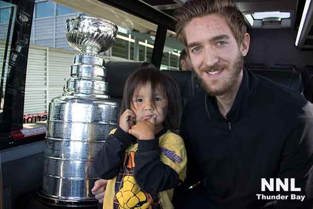 Lama bear shares a few precious moments with Matt Murray and the Stanley Cup