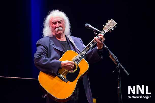 David Crosby entertained Thunder Bay with his humour, amazing music and stories.