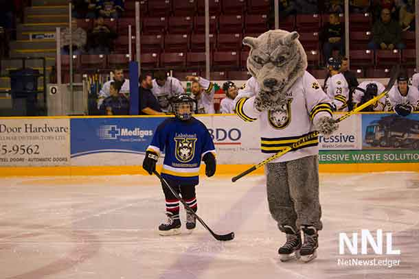 Honourary Thunder Wolf with Wolfie at the start of the game