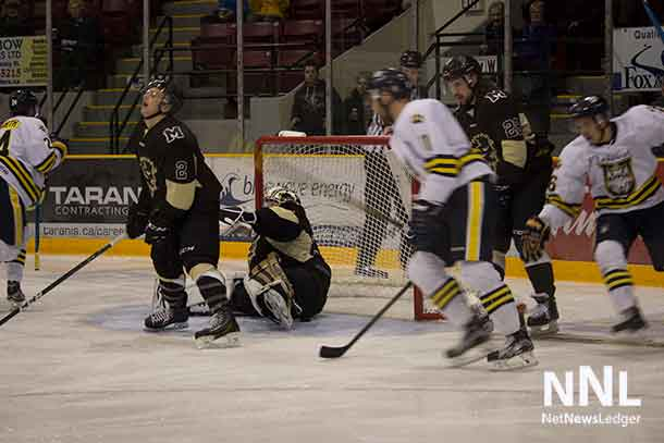 Lakehead got off to an early lead on a goal by Kalin Ainsworth