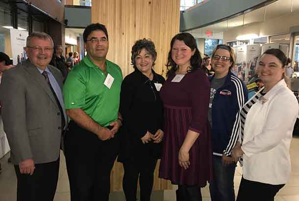 354 students received over $190,000 in scholarships, bursaries and awards thanks to donors. Students and donors were celebrated at Confederation College's Annual Awards Recognition Reception. Pictured from left to right: Confederation College President Jim Madder, donors Tony and Adelina Pecchia, Vice President, Academic Patti Pella, student award recipient Christine Battle and Student Union President Jodi Connor.