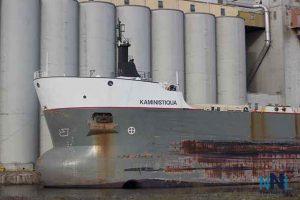 Richardson Terminals Main location at Thunder Bay - The Kaministiquia loading grain