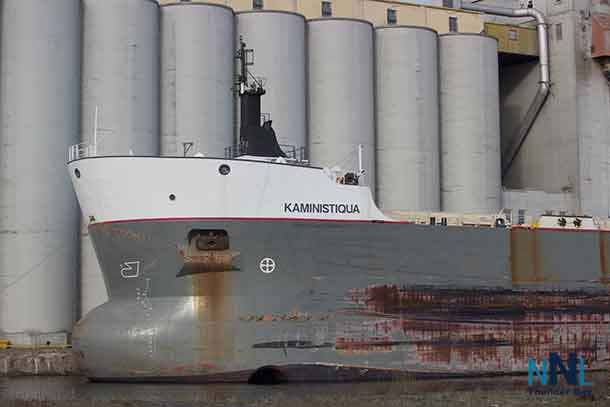 Richardson Terminals Main location at Thunder Bay - The Kaministiquia loading grain