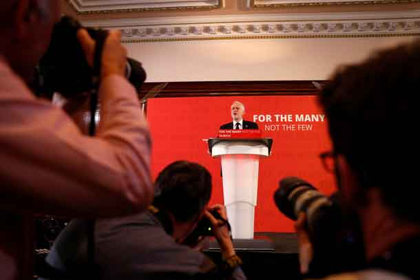 Jeremy Corbyn, the leader of Britain's opposition Labour party, makes a speech as his party restarts its election campaign after the cross party suspension that followed the Manchester Arena attack, in London, May 26, 2017. REUTERS/Peter Nicholls