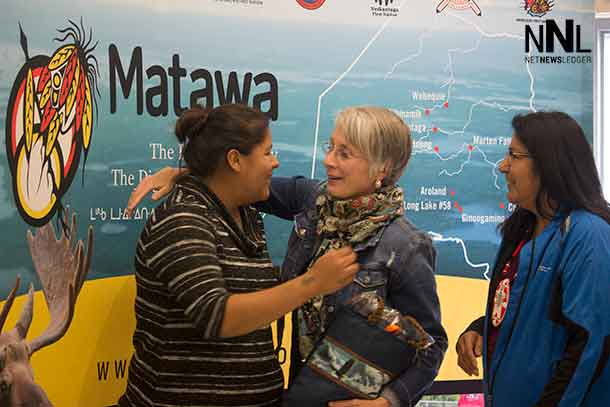 Minister Hajdu at Matawa AGM - with Natasha from Nibinamik - NAN Deputy