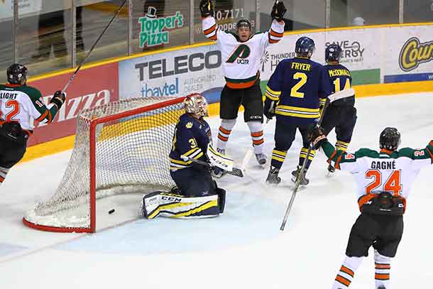 3rd UQTR goal - PP at 11:33 of 3rd period - Jason Lavalee (2nd of the night) assist A.Caron, G.Slight