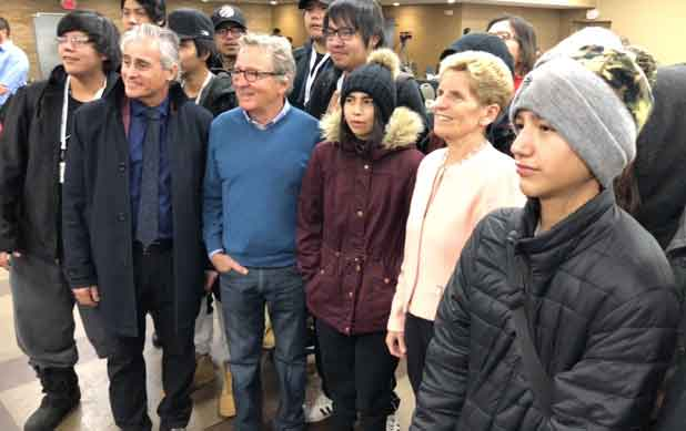 Premier Kathleen Wynne with students from DFC at the Nishnawbe Aski Nation Winter Chiefs Assembly