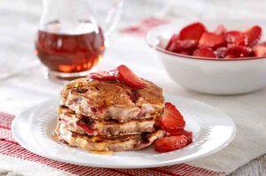 Foodland Ontario - Strawberry Oatmeal Pancakes