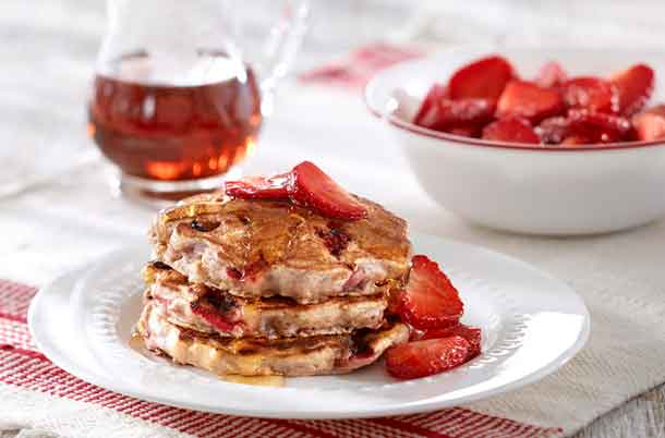 Foodland Ontario - Strawberry Oatmeal Pancakes