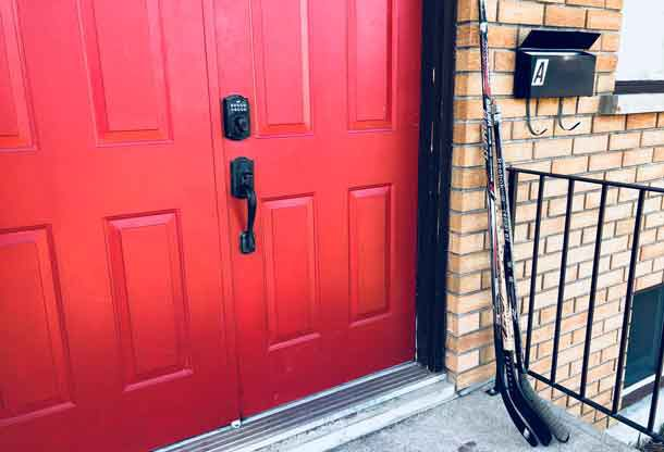 Canadians are being asked to put hockey sticks by their door... a token of support for the players from Humbolt Saskatchewan