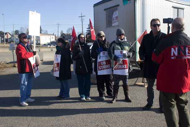 Unifor's Andy Savela explains the position of striking workers at the Port Arthur Medical Clinic