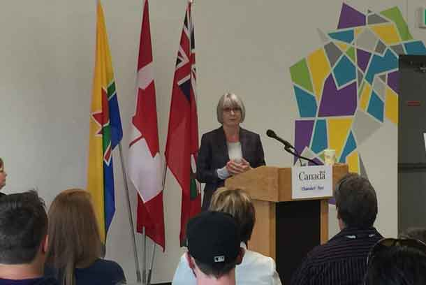 Minister Patty Hajdu making the announcement in Thunder Bay