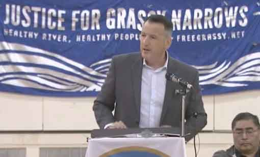 Minister Rickford in Grassy Narrows