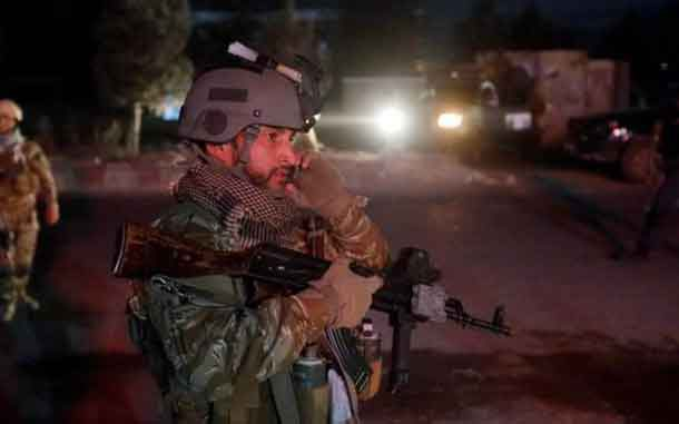 Afghan security forces arrive at the site of a suicide attack in Kabul, Afghanistan October 20, 2018. REUTERS/Omar Sobhani