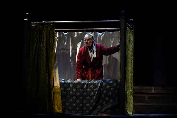 Catch Mario Crudo in Charles Dickens' A Christmas Carol