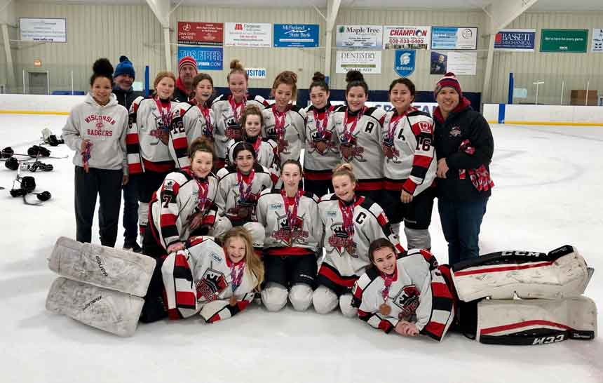 Thunder Bay AA Bantam Queens Bring Home the Bronze