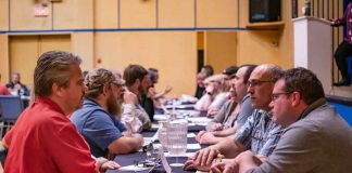 Photo Credit - Claudia Ochnicki Photography: The Speed Marketing Session starts