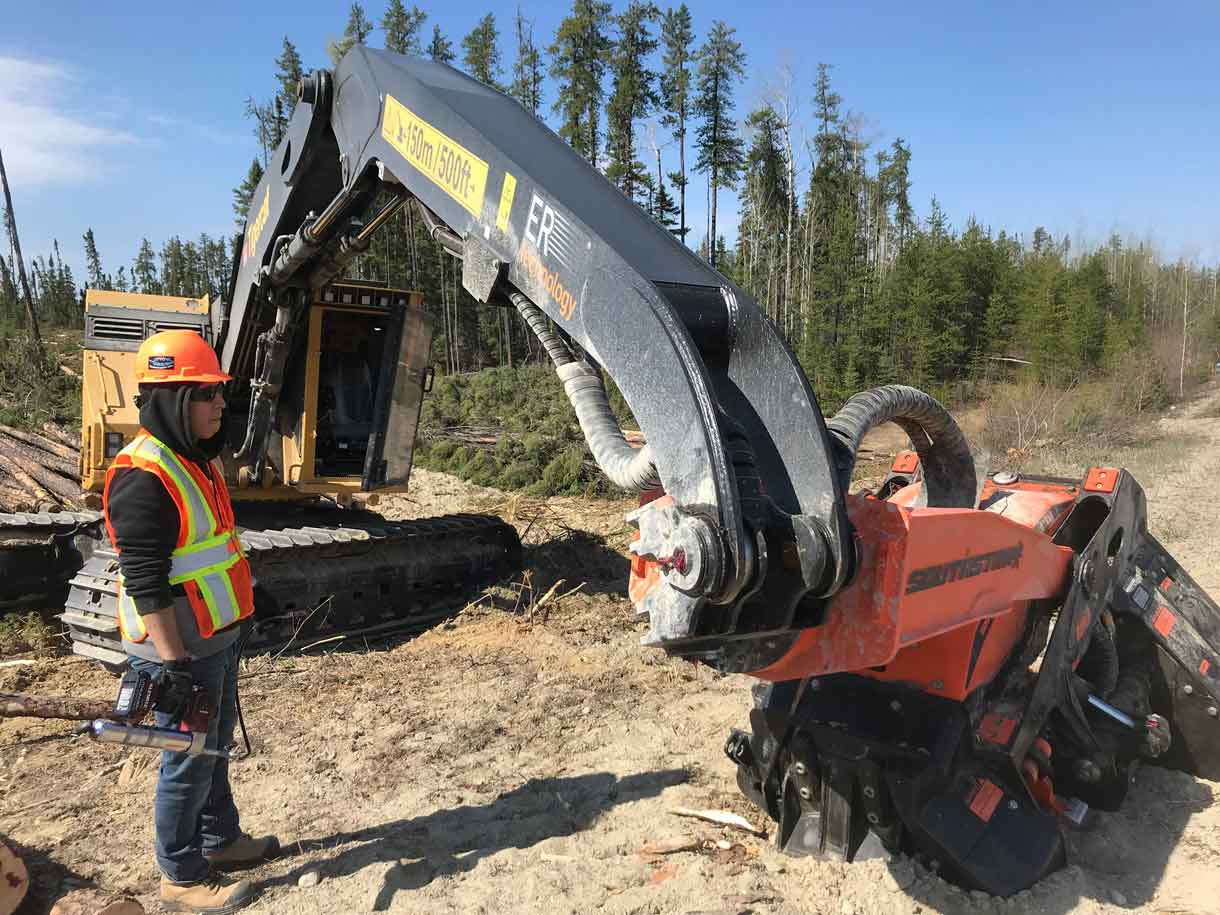 NetNewsLedger - First Nations Trainees Impress Tigercat Reps