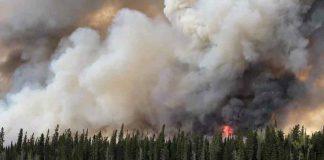Fire at Pikangikum First Nation