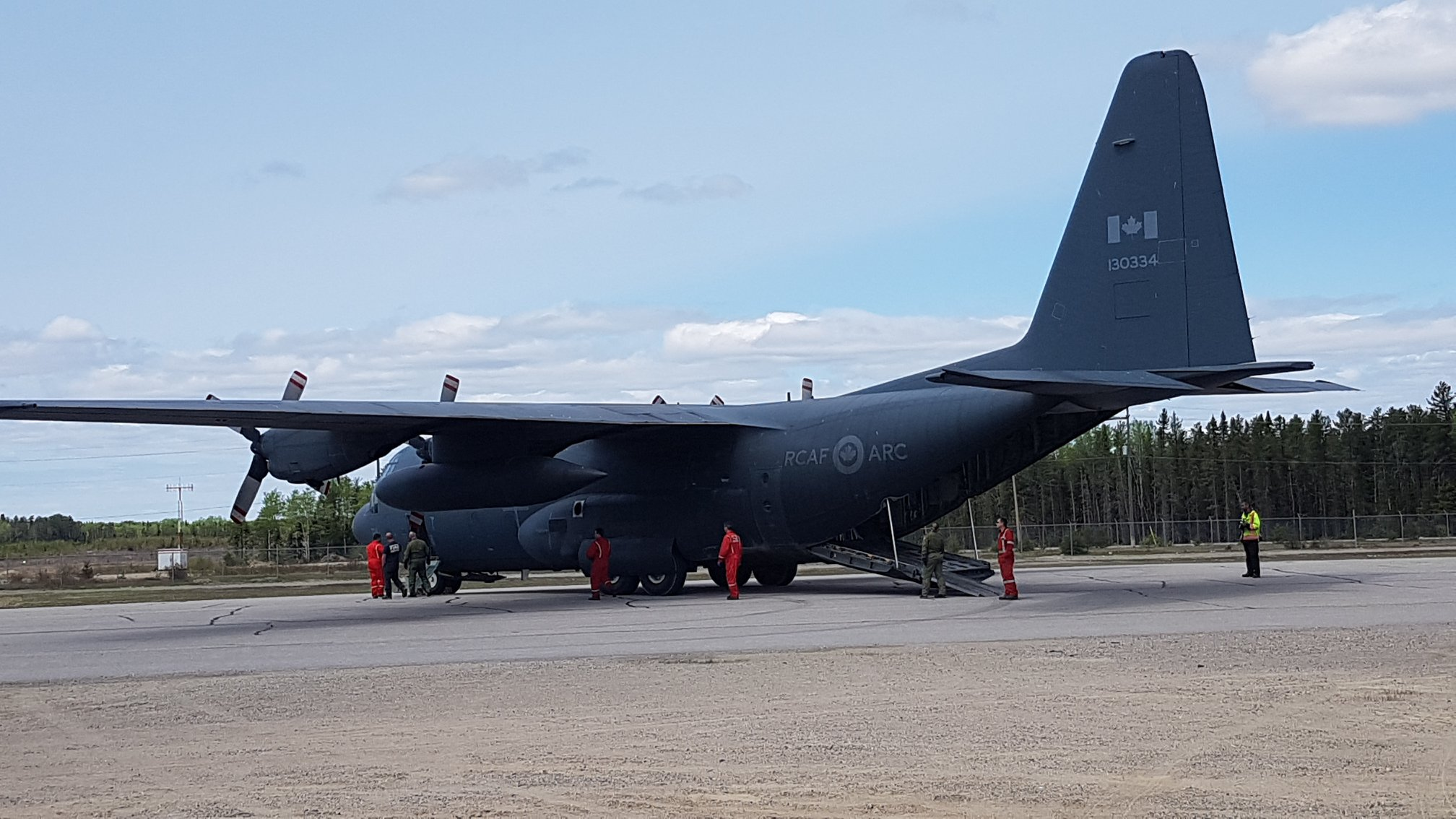 RCAF Hercules in Sioux Lookout - Image courtesy of North Star Air