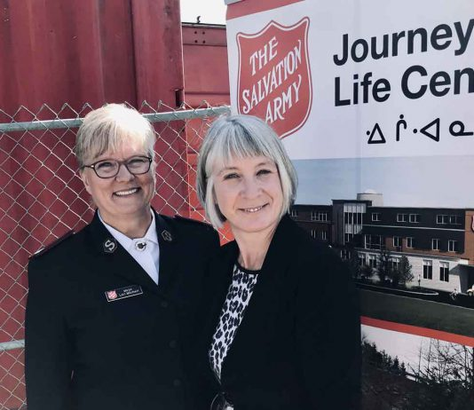 Major Lori Mitchell, Executive Director, The Salvation Army Thunder Bay and Minister Patty Hajdu