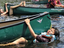 Junior Canadian Rangers learned how to right an overturned canoe. - Photo Sgt Peter Moon Canadian Rangers
