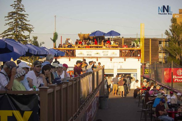 Gateway Casino Party Deck and Landmark Inn Tiki Bar at Border Cats games