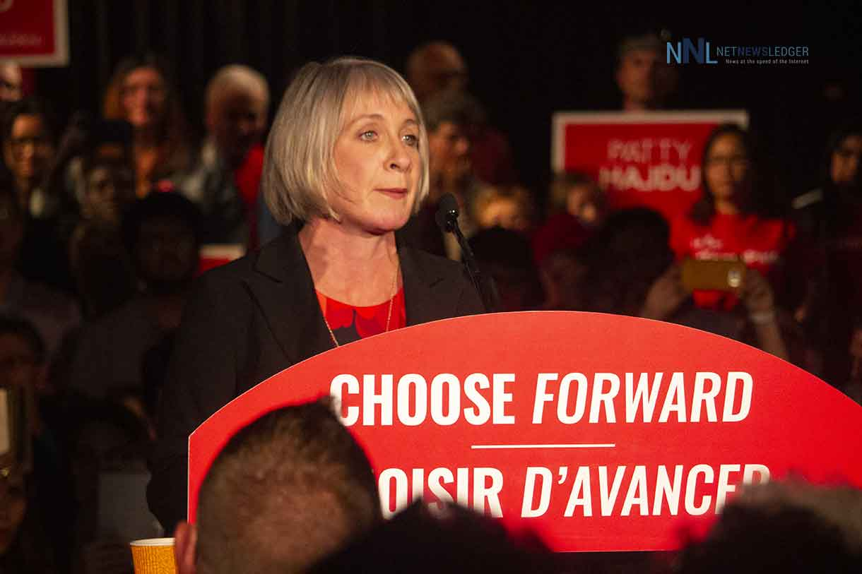Thunder Bay Superior North Liberal candidate Patty Hajdu addresses rally