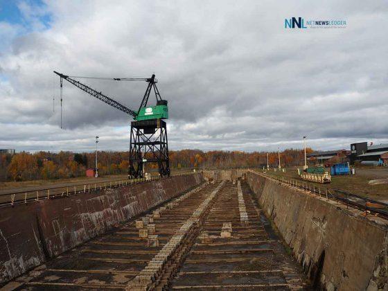 Heddle Shipyard in Thunder Bay Drydock
