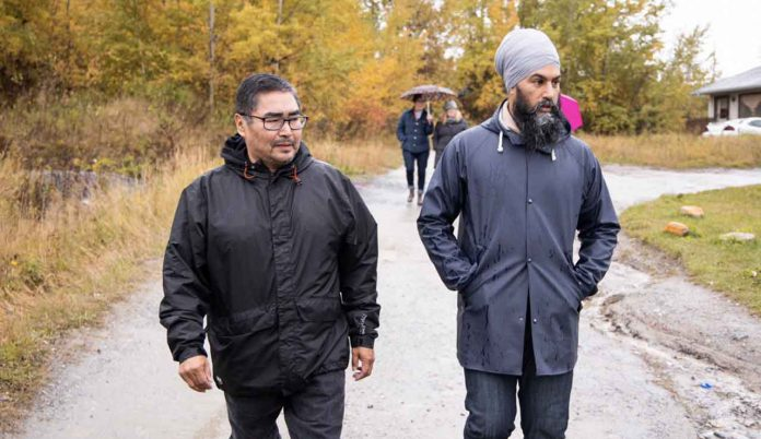 Chief Rudy Turtle and Jagmeet Singh campaign in Grassy Narrows