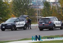 Thunder Bay Police remain on scene at Marina Park - Photo - James Murray