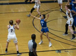A Defensive battle that saw Lakehead Fall just short - Thunderwolves Nikki Ylygan on defence