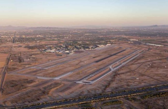Gateway Airport - 5 Reasons to Locate at Phoenix-Mesa Gateway Airport
