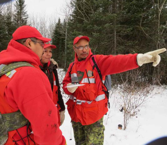 Master Corporal Charlie Barkman a search party during training in Sachigo Lake - Image Sgt Peter Moon