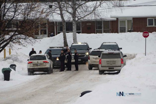 vThunder Bay Police Presence on Nelson Street on January 3 2020