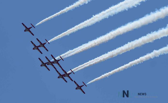 RCAF RCAF Snowbirds over Thunder Bay on May 11 2020 in Operation Inspire