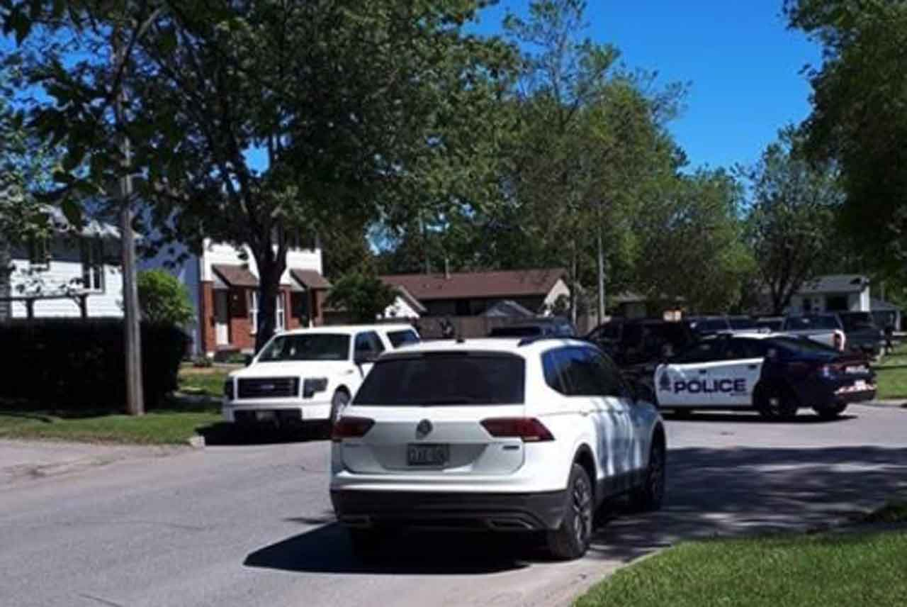 Image: Facebook of Sequoia Drive Police operation