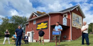 Minister Greg Rickford makes NOHFC announcement at Kenora Railroaders Museum
